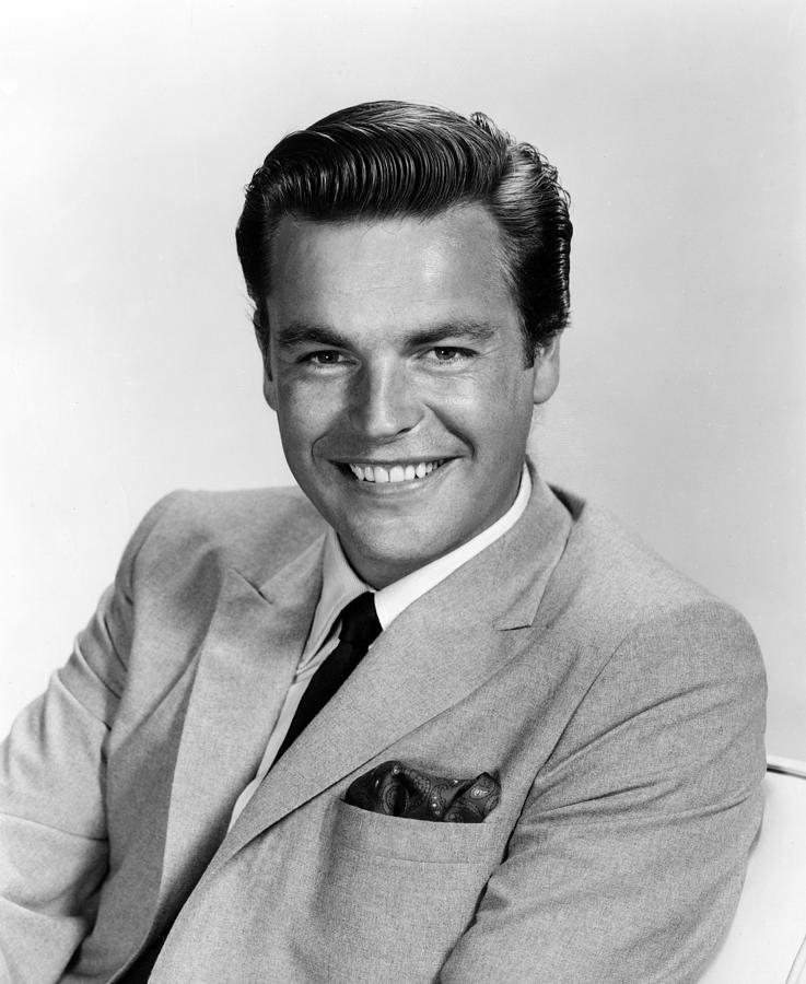 Happy Birthday Robert Wagner – Waldina