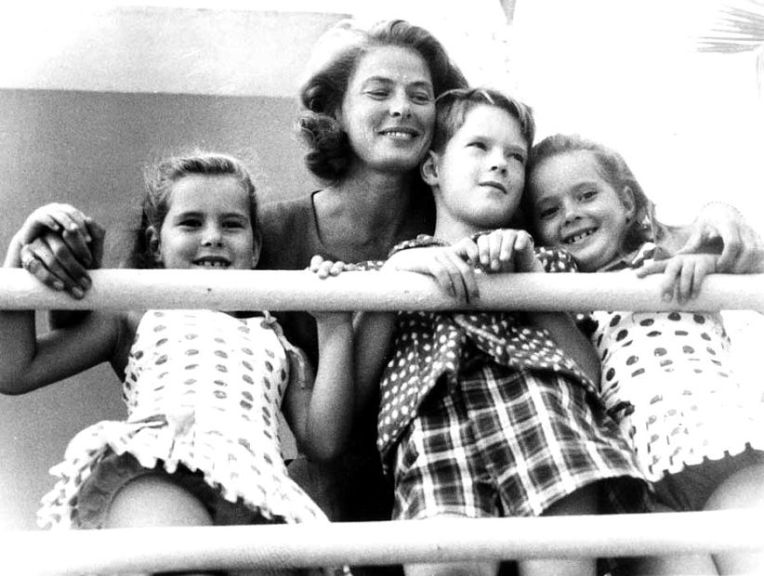 Ingrid Bergman and her children, Isabella, Robertino and Isotta. Rome, September, 1959