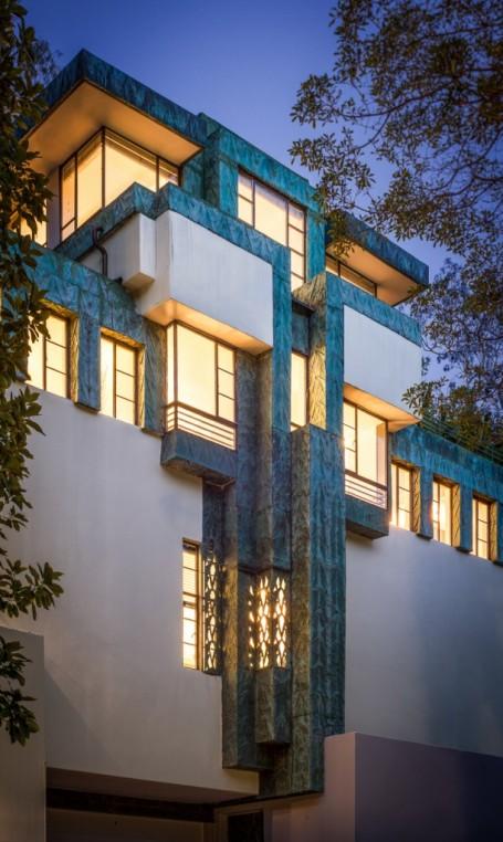 Samuel-Novarro House 001