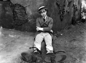 harold lloyd - pub still for why worry 1923
