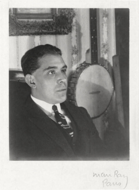 Juan_Gris photograph_by_Man_Ray