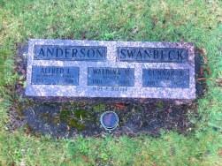 Alfred, Waldina, & Gunnar's gravestone, Aberdeen, WA.