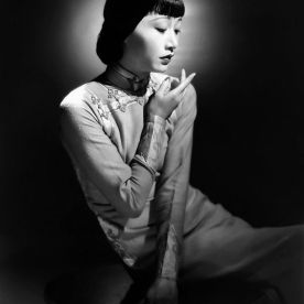 Anna May Wong wearing a cheongsam 1938