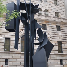louise nevelson 04