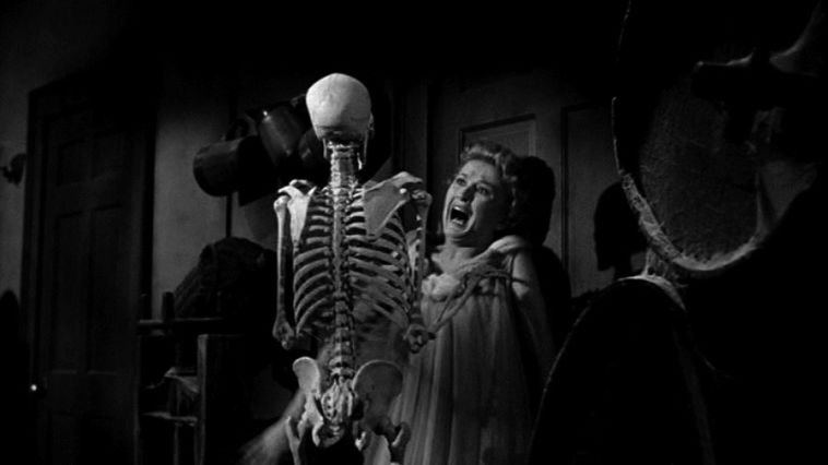 house on haunted hill 002