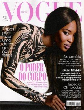 Naomi Campbell voogue 007