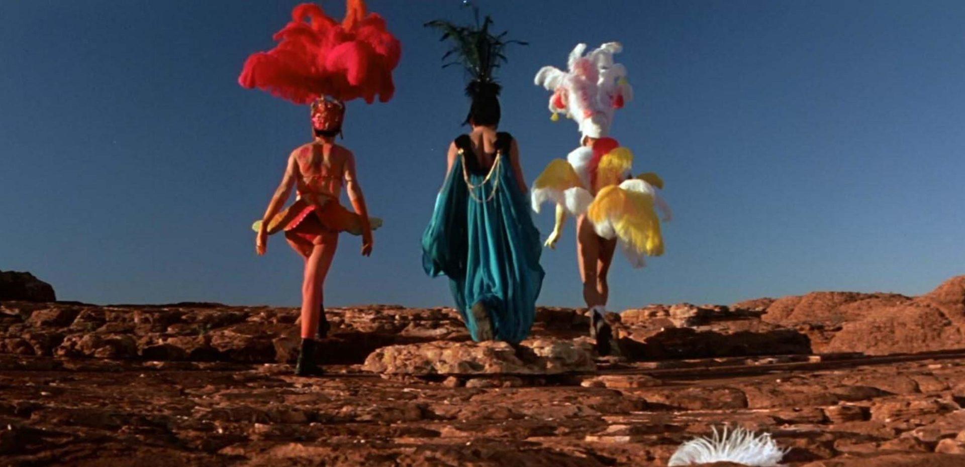The Adventures of Priscilla, Queen of the Desert 001